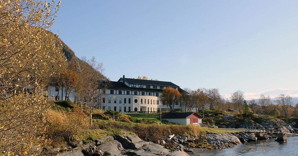 Bilde av natur og bygningen på Nordtun.